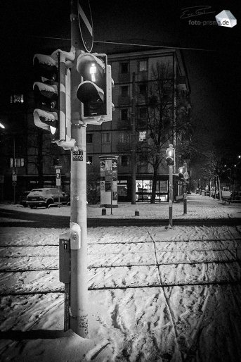 Silent Empty Winter Night - Ampel in der Werinherstraße (Foto: Eric Paul)