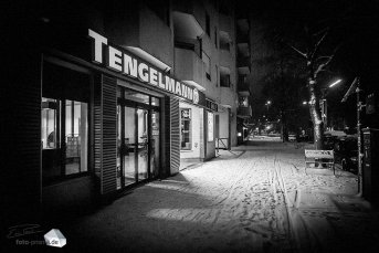 Silent Empty Winter Night - Tengelmann in der Schlierseestraße (Foto: Eric Paul)